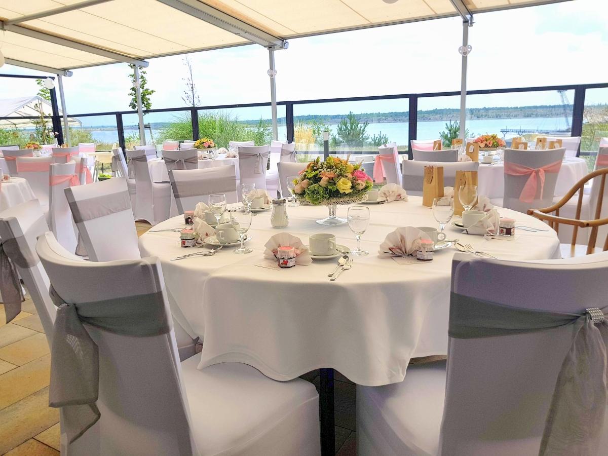 Hochzeit lausitz haus vier hochzeit lausitz for Haus dekorieren hochzeit